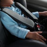 dimenticare bambini in auto